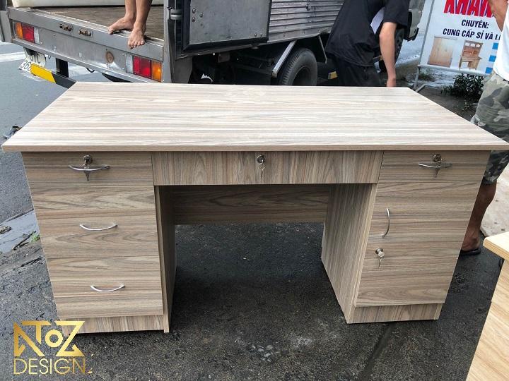 Mẫu bàn làm việc bằng gỗ công nghiệp tại ATOZ Design